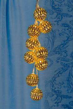 Airam capri pallosarja led 10,paristoill - Jouluun valot,koristeet,tekstiilit - 144312 - 1